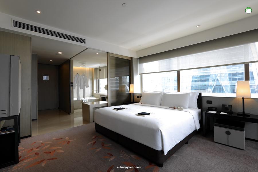 http://www.ohhappybear.com/wp-content/uploads/2019/07/Okura-Prestige-Bangkok-Room-2.jpg