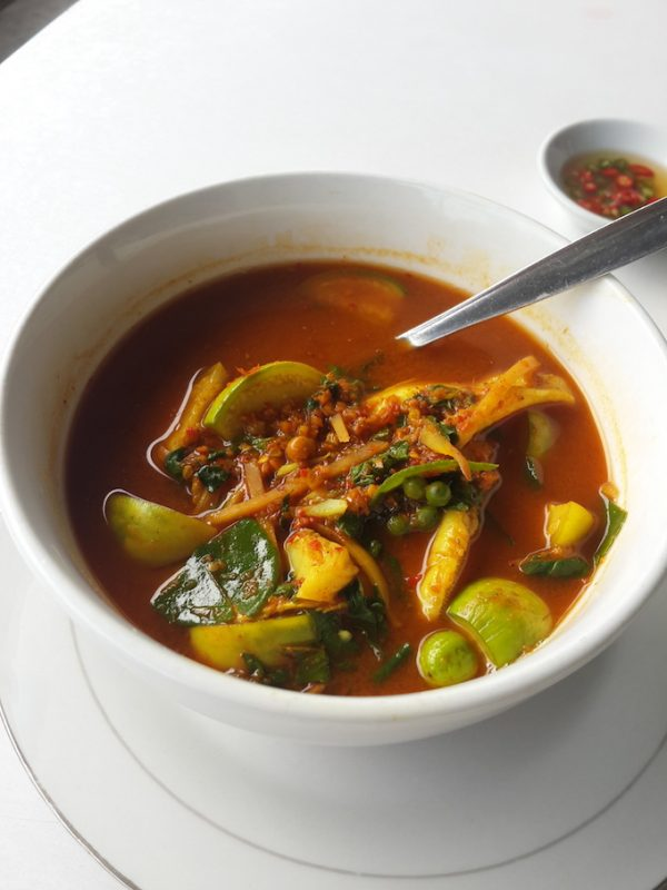 Fiery curry of gaeng pa with fillets of pla hed kone.
